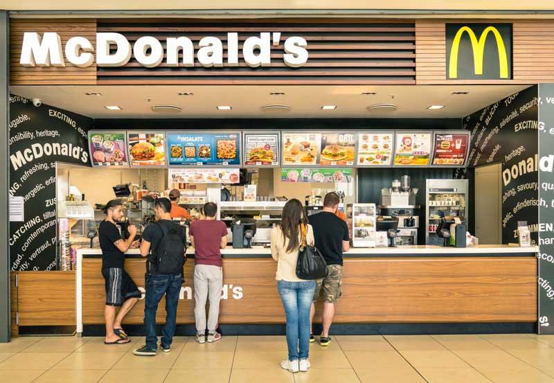 Como fazer um pedido em inglês no McDonald's